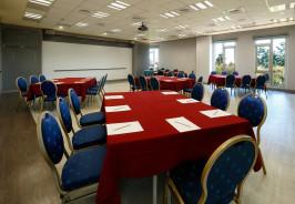 210會議室